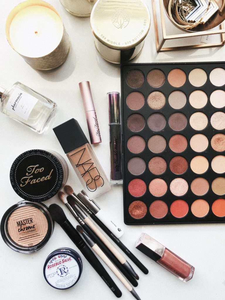 Are you lazy?……. to have this makeup for you