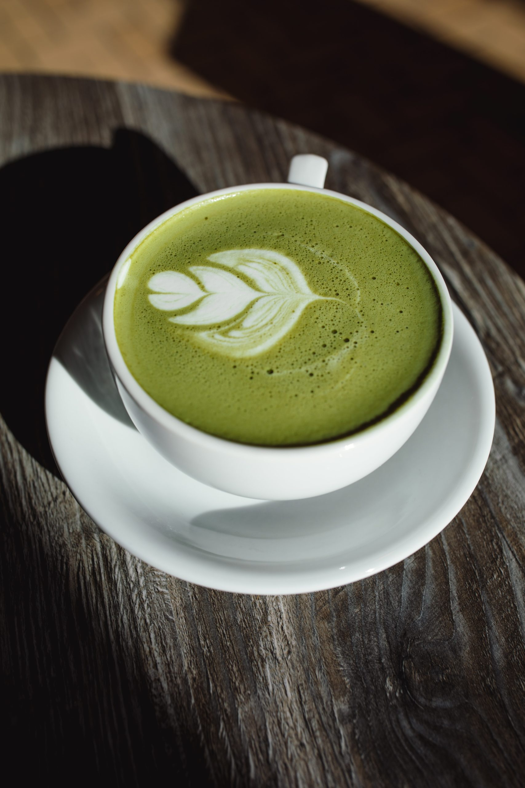10 ADVANTAGES OF DRINKING GREEN COFFEE